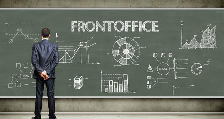 FrontOffice: beursgenoteerd na crowdfunding